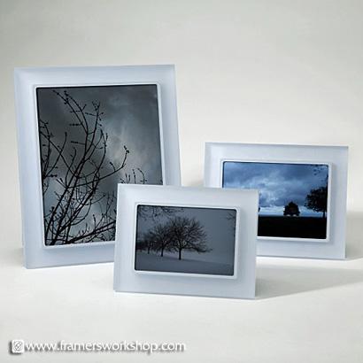 Perla Sanded Sky Prisma Photo Desk Frames at The Framer\'s Outlet ...